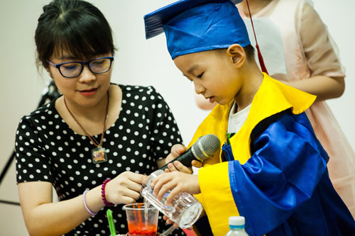 lễ tốt nghiệp fastrackids 2015(6)